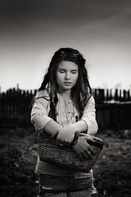 dmitry alekseyev, bw, чб, село и люди, пистацки драматическое небо, Silence Insidephoto preview