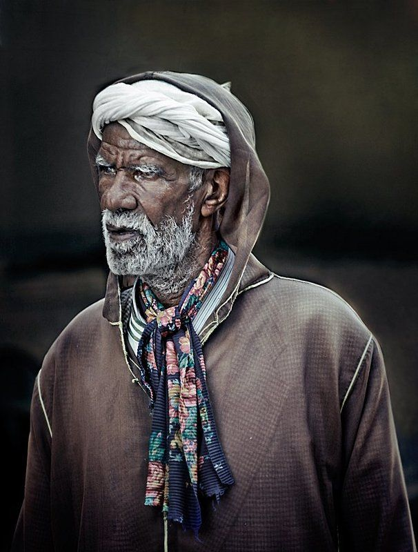 portrait, morocco, old man, man, arab A man from the Tuareg tribephoto preview