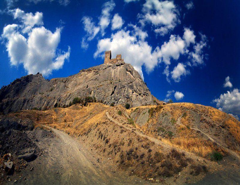 судак, крым, крепость, облака Полуденные облакаphoto preview