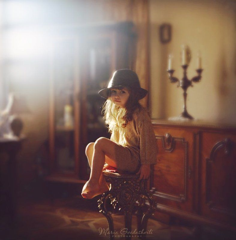 film, 6x6, gilr, hat, sun, light, golden, elly Sunshine Songphoto preview