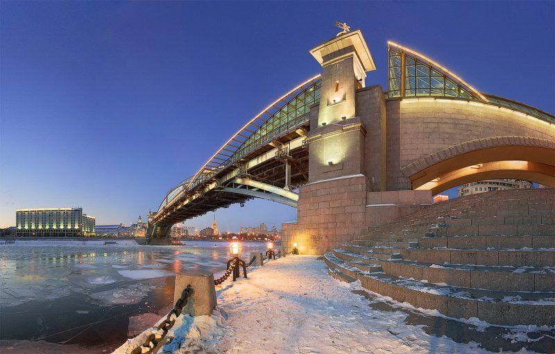 пешеходный, мост, богдана, хмельницкого, мбх, москва Мост Богдана Хмельницкогоphoto preview