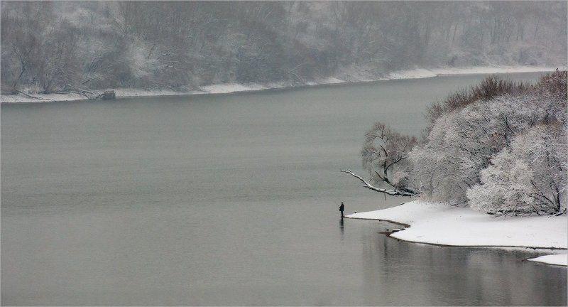 коломенское, январь, рыбак рыбакphoto preview