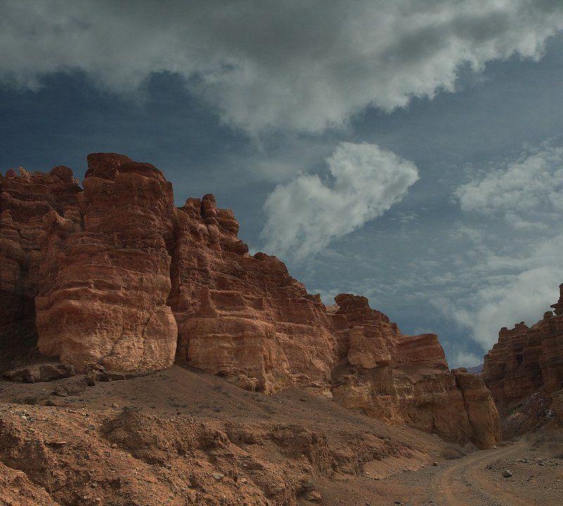 каньон, облака, весна, дорога, пейзаж На дне Каньона.photo preview