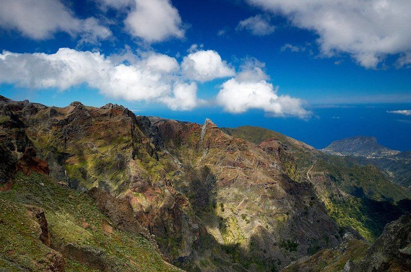 мадейра, горы, скалы Вид с Pico Areiro на северphoto preview
