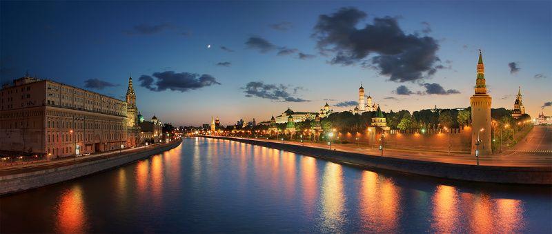 кремль, москва Весенний вечер в Москве.photo preview