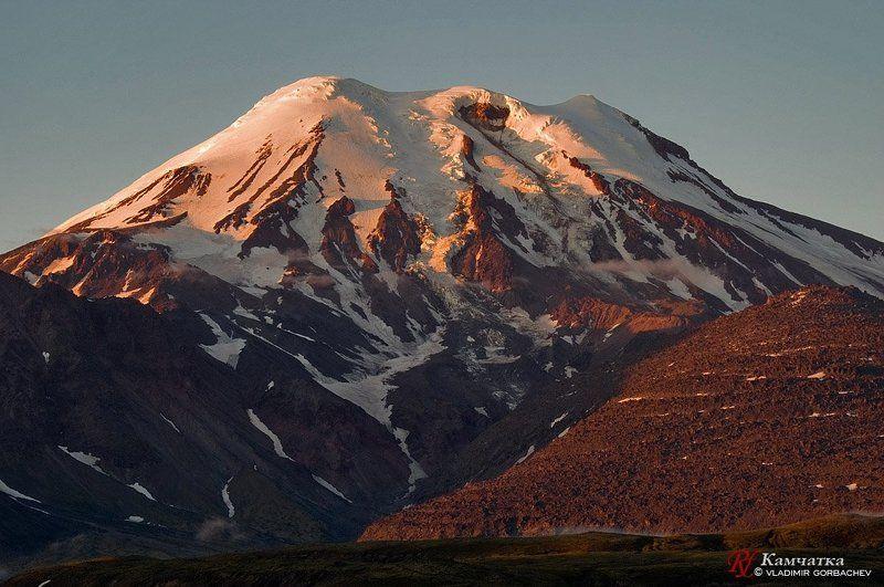 камачтка, срединный, хребет, вулкан, ичинский Вулкан Ичинскийphoto preview