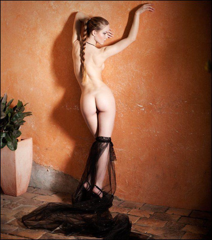 chastnoe-eroticheskoe-foto-golih-parney