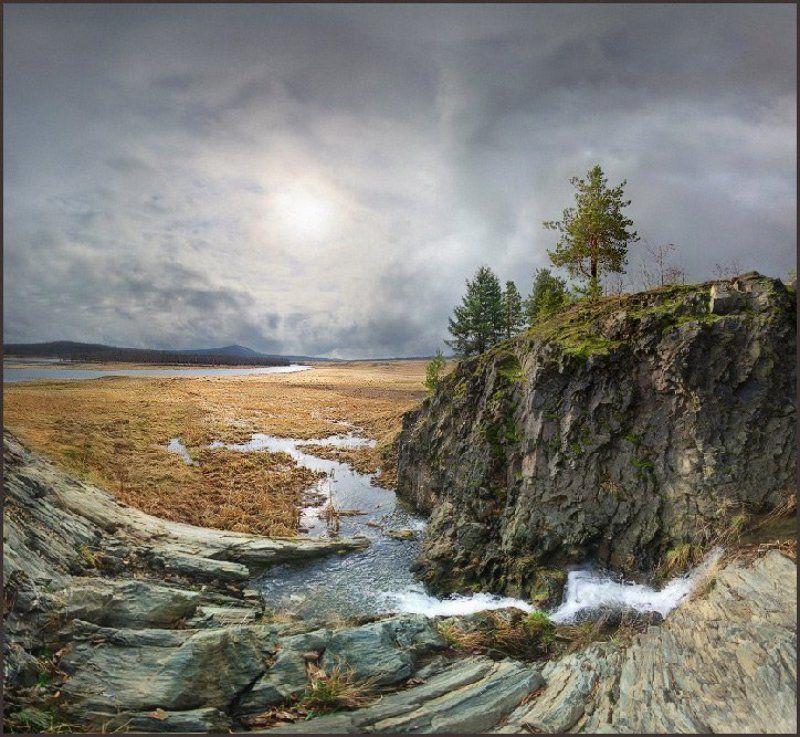 ручей, весна, поля Спускался ручей...photo preview