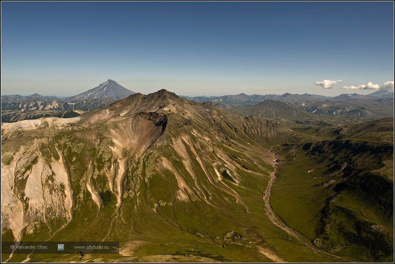 горы,вершины,долина,вулкан,камчатка Горная странаphoto preview
