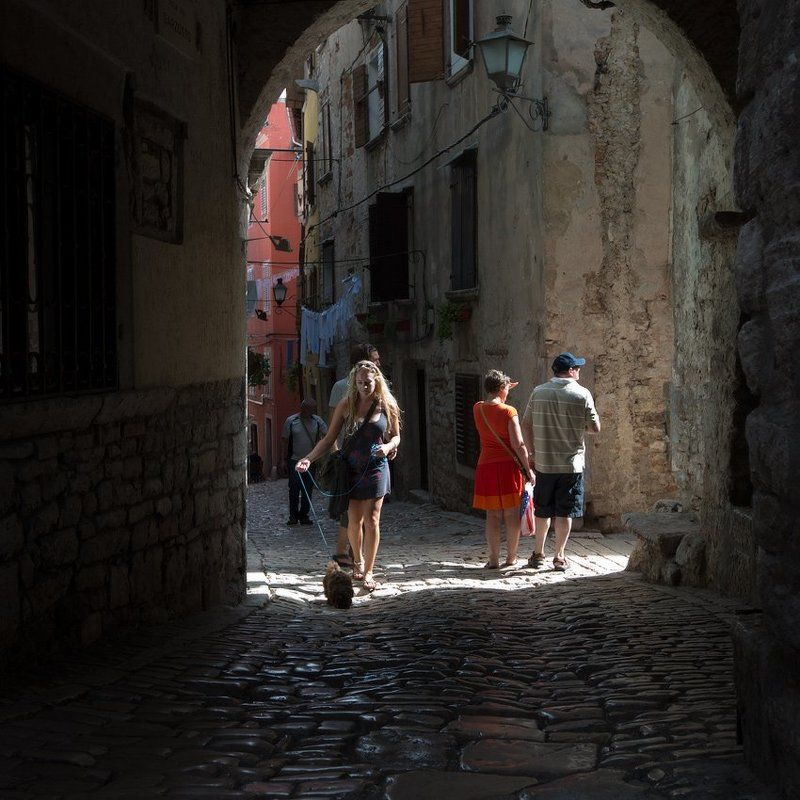 по улочкам старого городаphoto preview