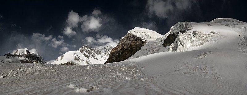 памир, ледник сугран, пик москва Такой разный Памирphoto preview