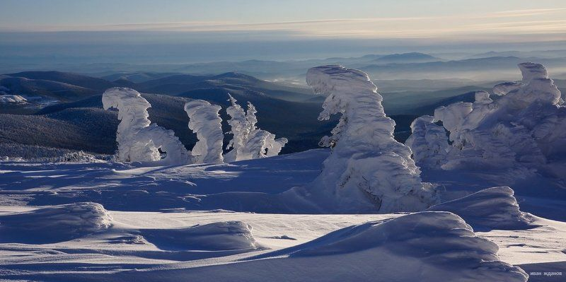 горы, шерегеш, горная шория, зима, сибирь, солнце, снеговики Снеговикиphoto preview