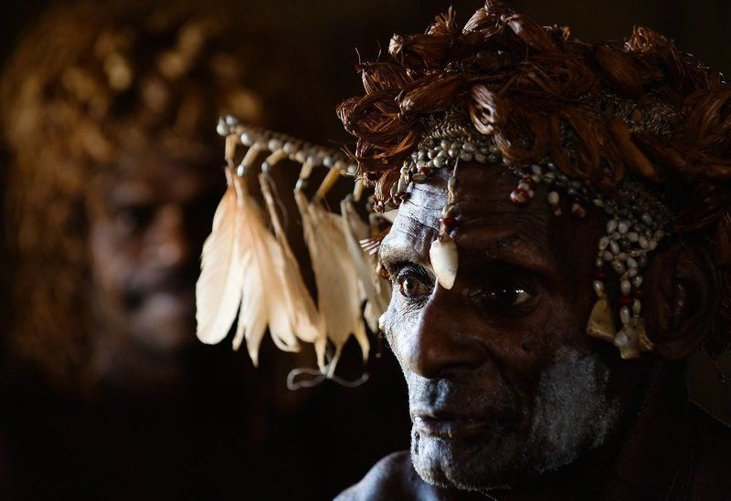 Asmat olderphoto preview