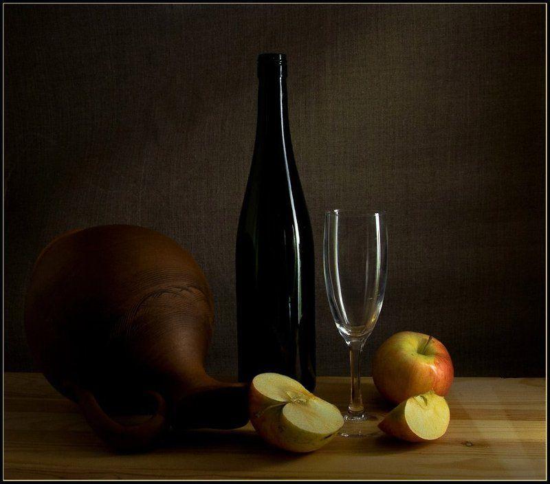 Натюрморт с яблокамиphoto preview