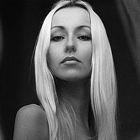 Portrait of a photographer (avatar) Limitless