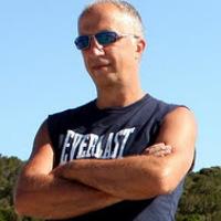Portrait of a photographer (avatar) roberto demaria