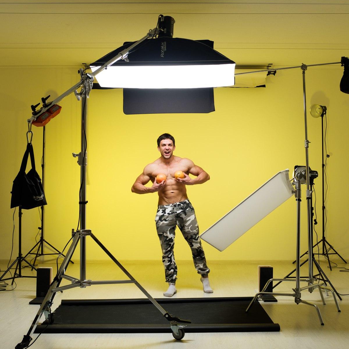 Как правильно фотографировать одежду на полу напольная