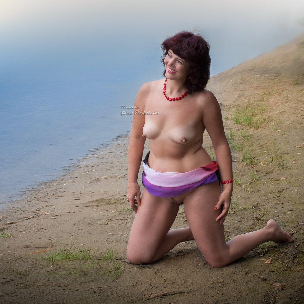женщина, ню, обнажённое тело, река, улыбка, эротика, Галя