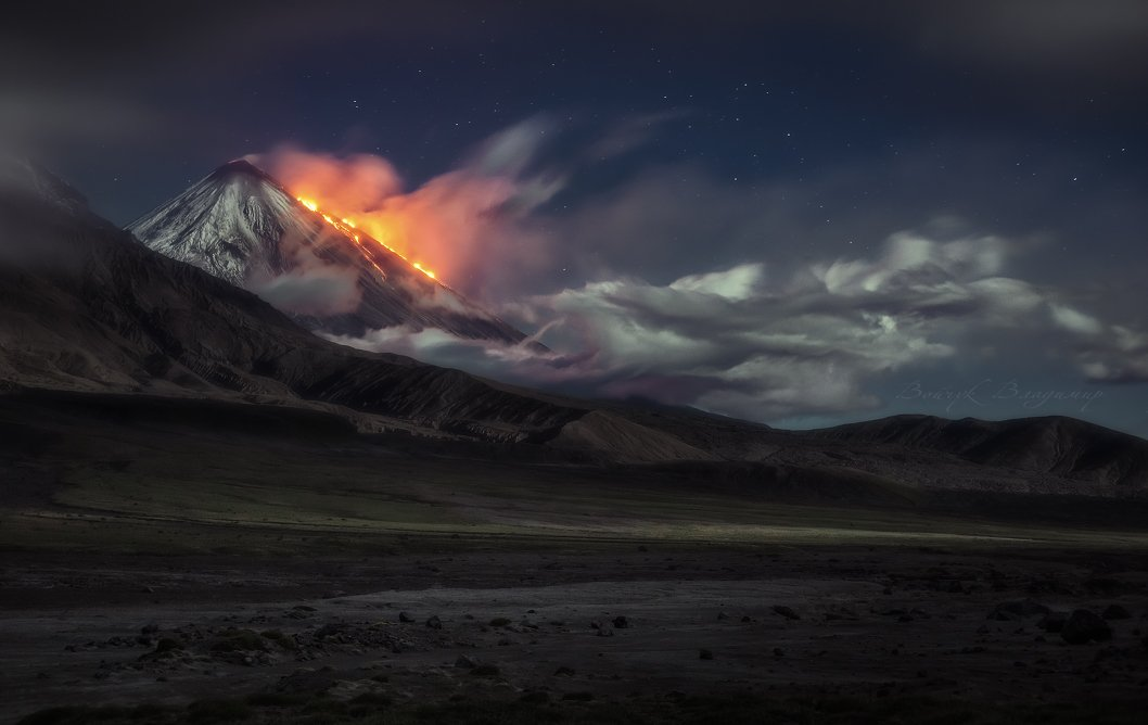 Вулкан, Извержение, Камчатка, Ключевская, Лава, Ночь, Облака, Сопка, Войчук Владимир