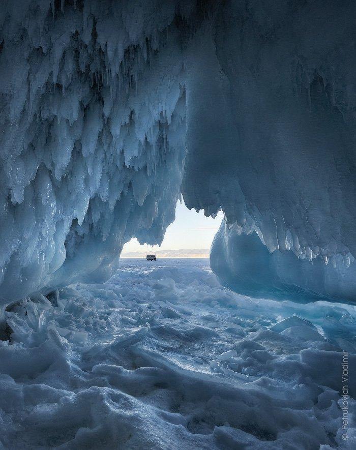 Байкал, грот, лёд, сосульки, зима, Владимир Петрукович
