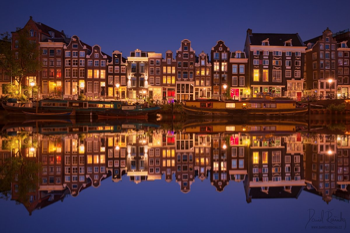 Netherlands, Nederland, Niederlande, Holland, North Holland, Holanda, Amsterdam, Amsterdam icon, Europe, city, beautiful city, night city, ships, boat, old houses, houses, reflection, reflection, blue, blue sky, sky, colorful, blue hour, sunset, canals, c, Daniel Rericha