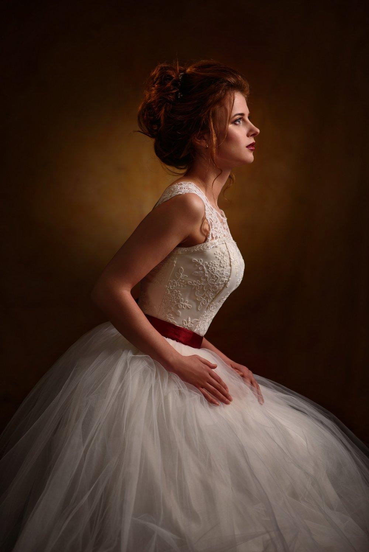 девушка, студия, свет, тень, взгляд, рыжая, платье, свадьба, невеста, Александр Жосан