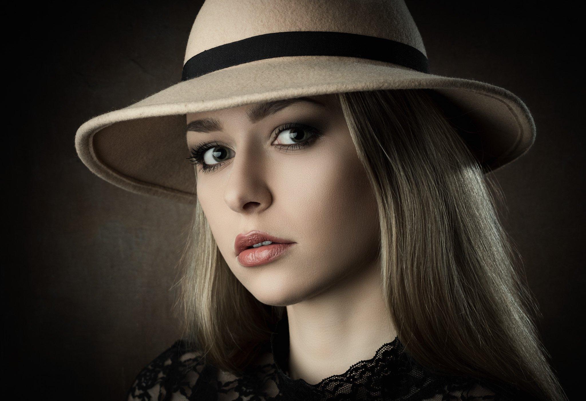 portrait, hat, headshot, Michael Schnabl