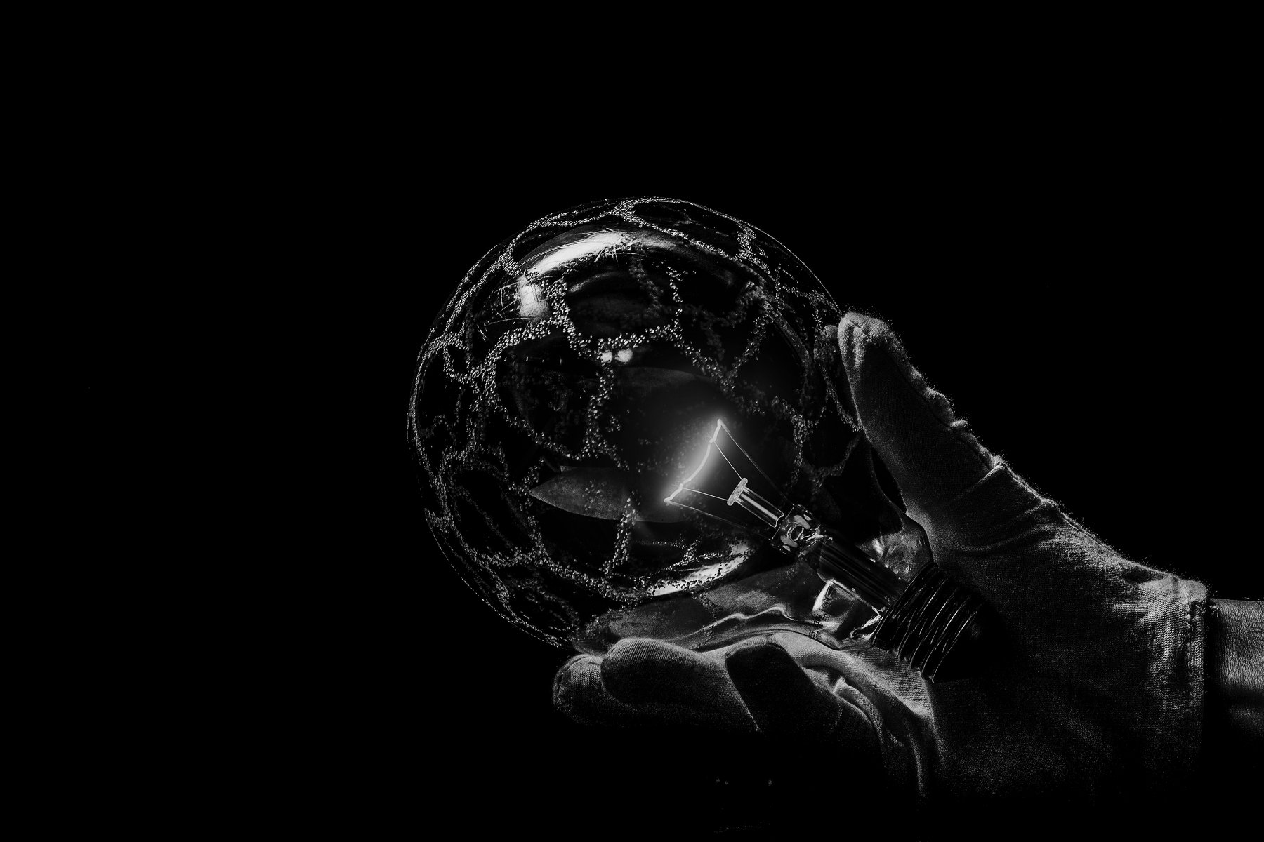 bnw, lamp, light, energy, filament, hot, electricity, Antonio Bernardino