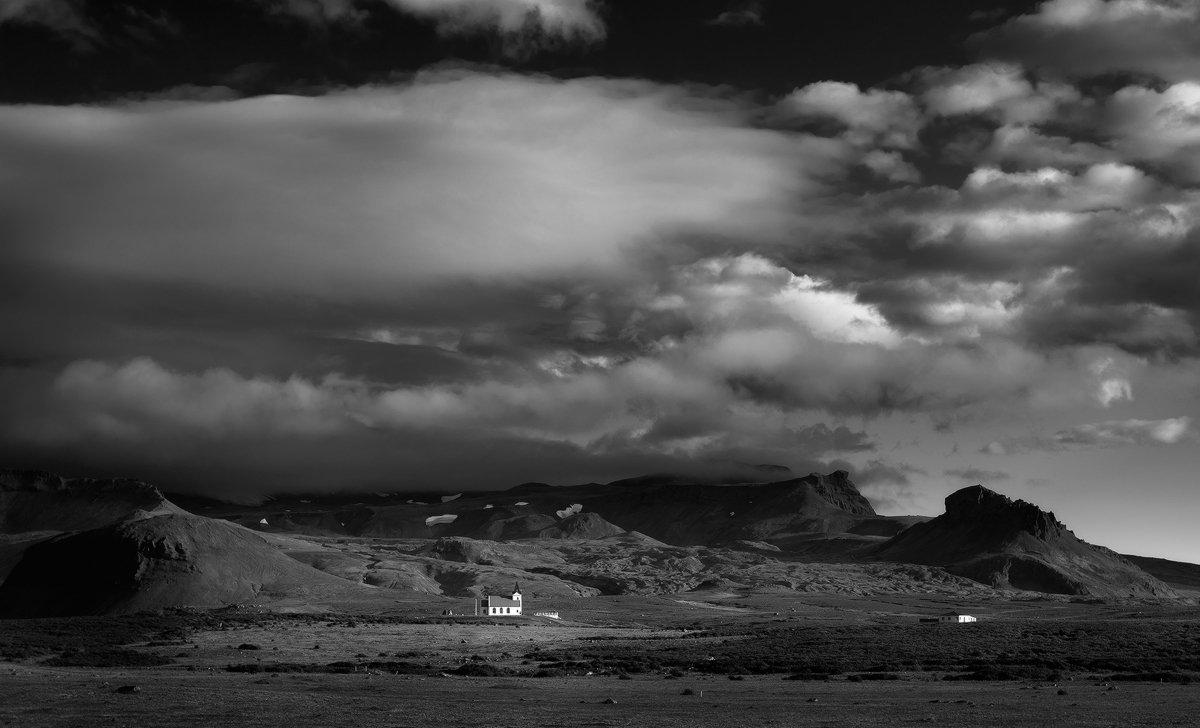 Iceland, Константин Маслак