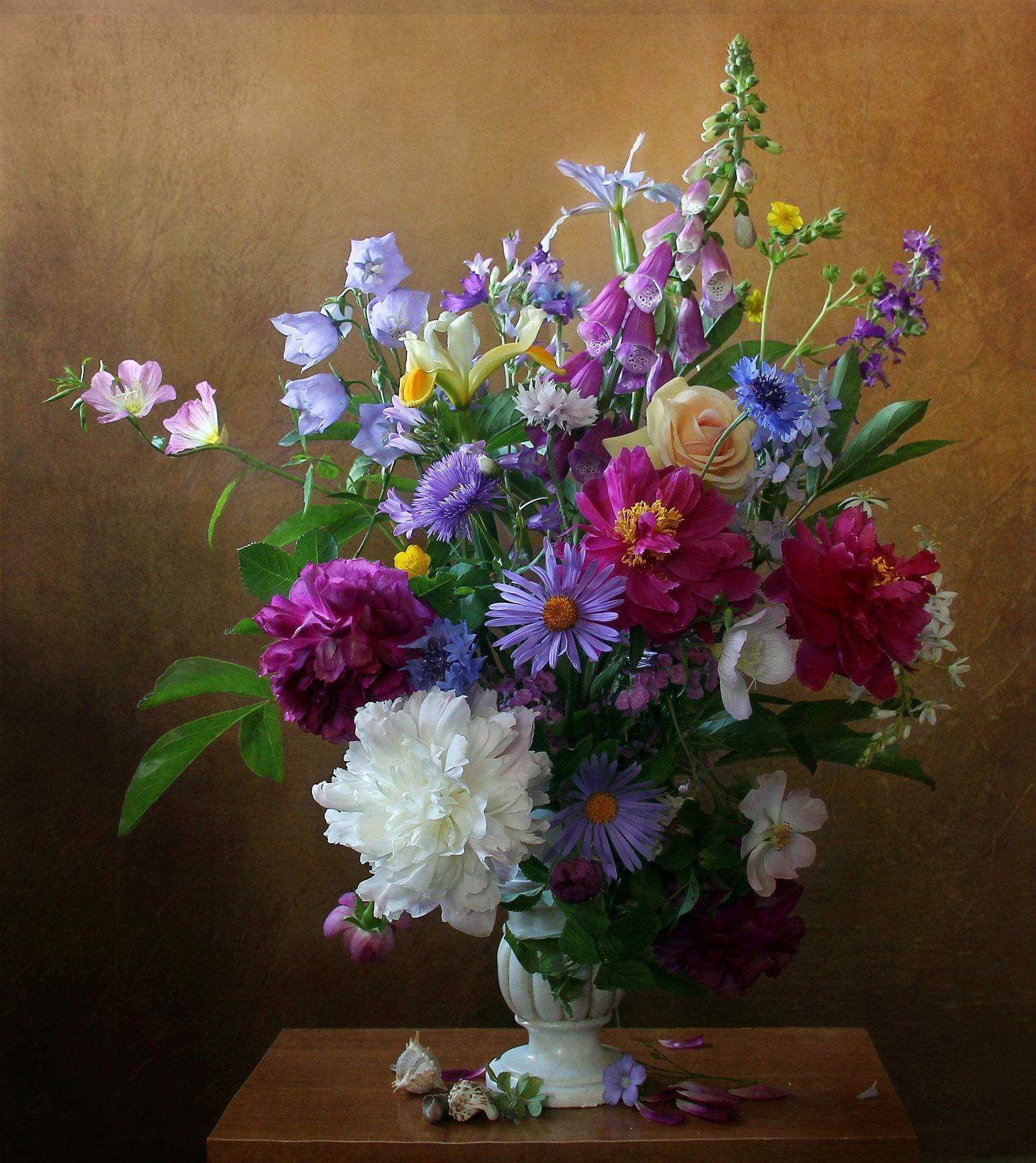 Ах, как прекрасны разные цветы!