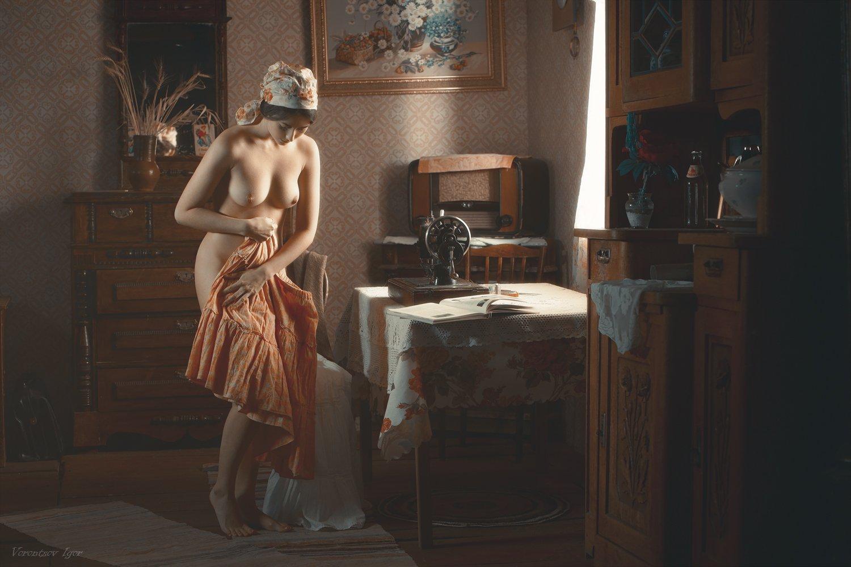 девушка, ню, обнажённая, голая,  винтаж, швея, Воронцов Игорь
