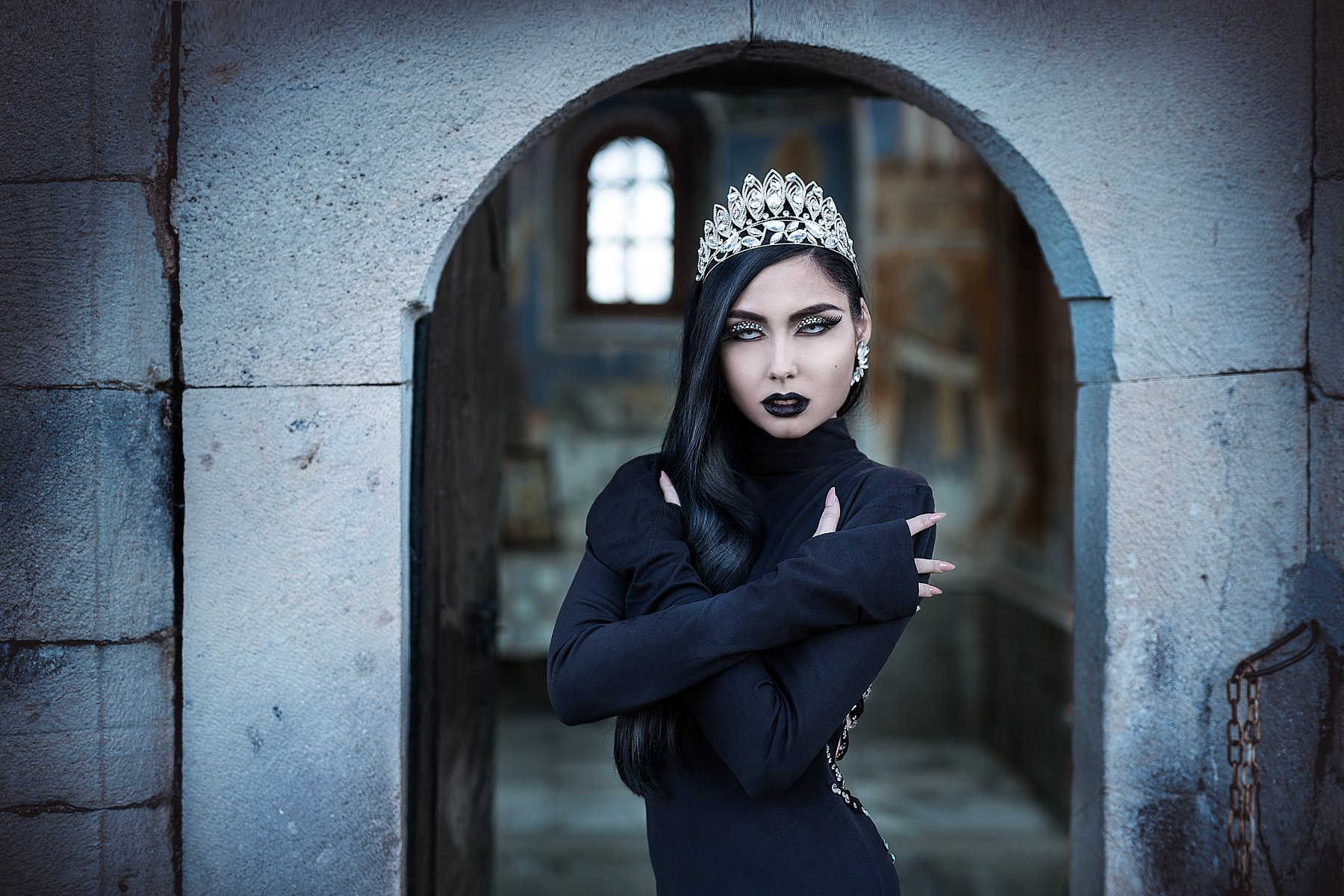 sexy, model, fashion, erotic, lips, body, makeup, jewels, crown, retouch, Atanas Petkov