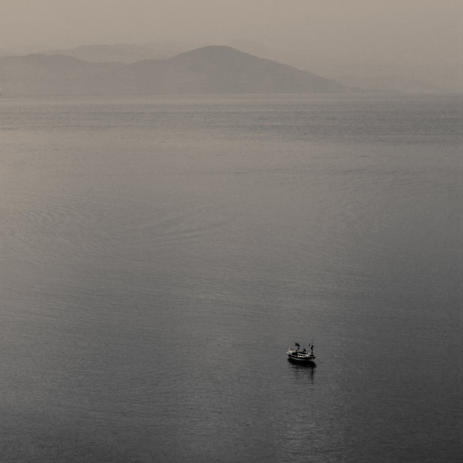 лодка море горы, Иванчиков Дмитрий