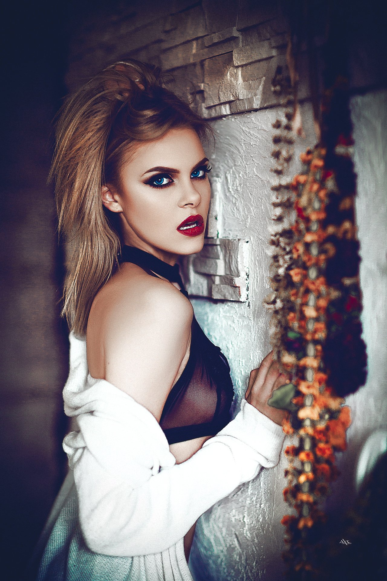 woman, portrait, indoors, natural light, beauty, Руслан Болгов (Axe)