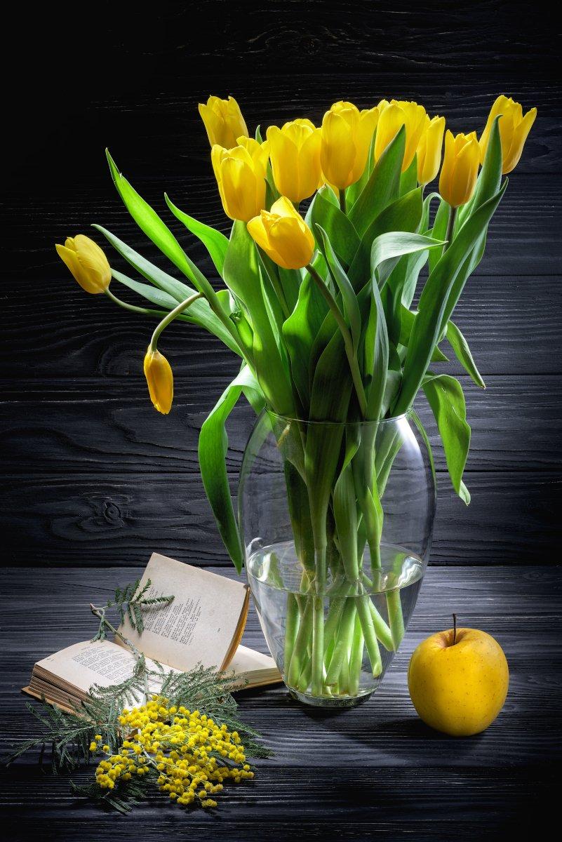 цветы, тюльпаны, томик, 8 марта, мимоза, яблоко, черное, желтое, Tom Fincher