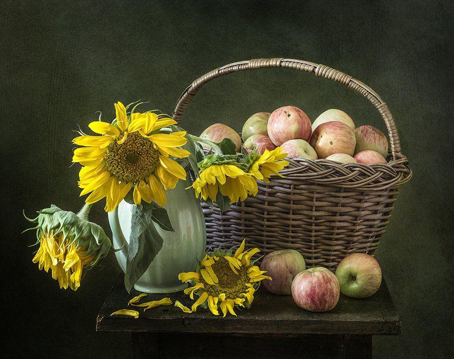 натюрморт, яблоки, цветы, фрукты, still life, Оля