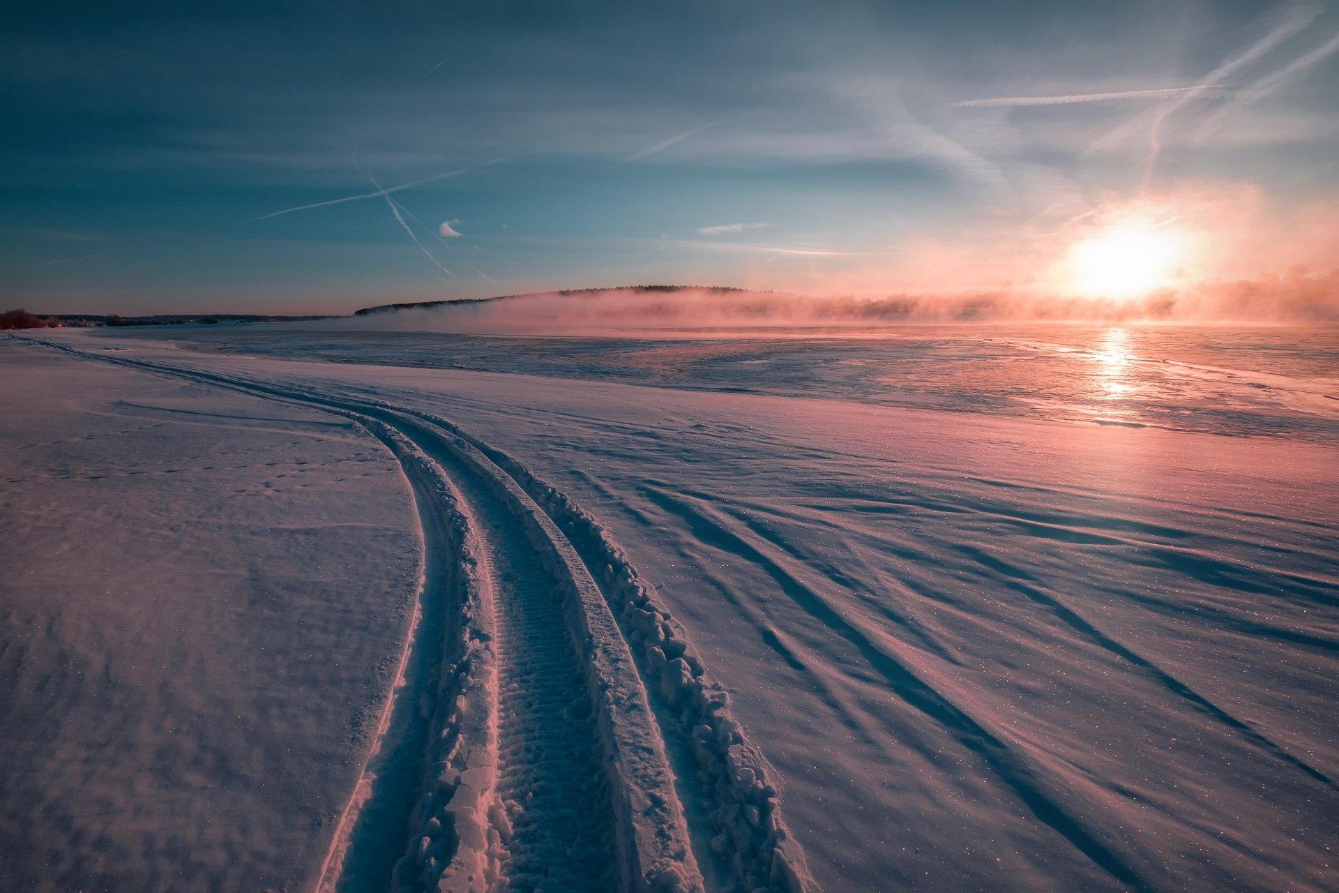 пейзаж, зима, река, лед, снег, утро, рассвет, восход, мороз, холод, волга, след, туман, Андрей Чиж