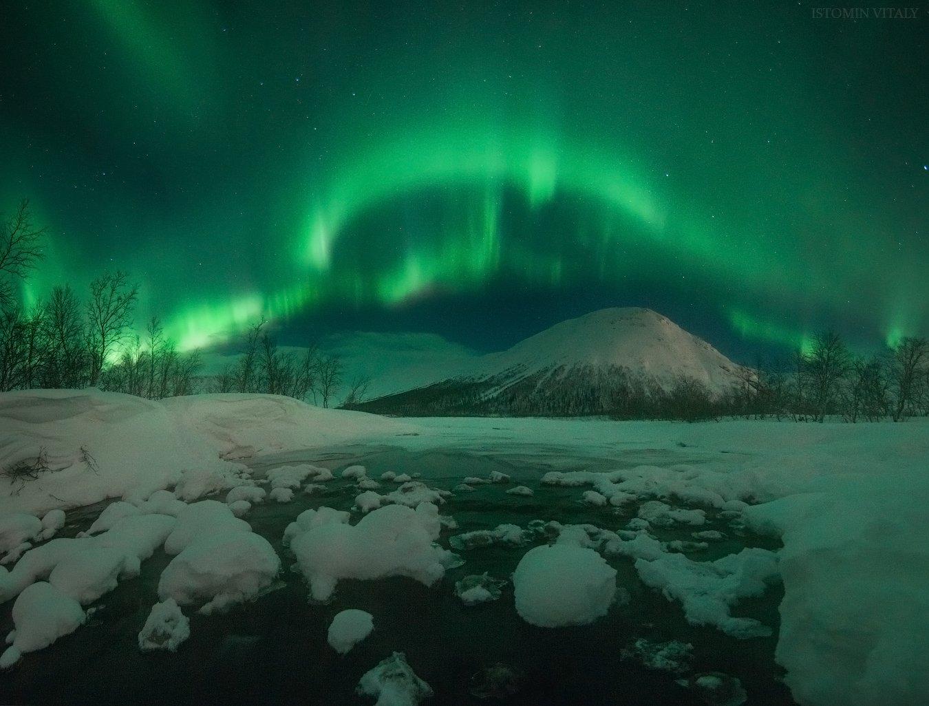 пейзаж,сияние,россия,весна,снег,звезды,красиво,горы,вода,цвет,свет,кольский,север, Истомин Виталий