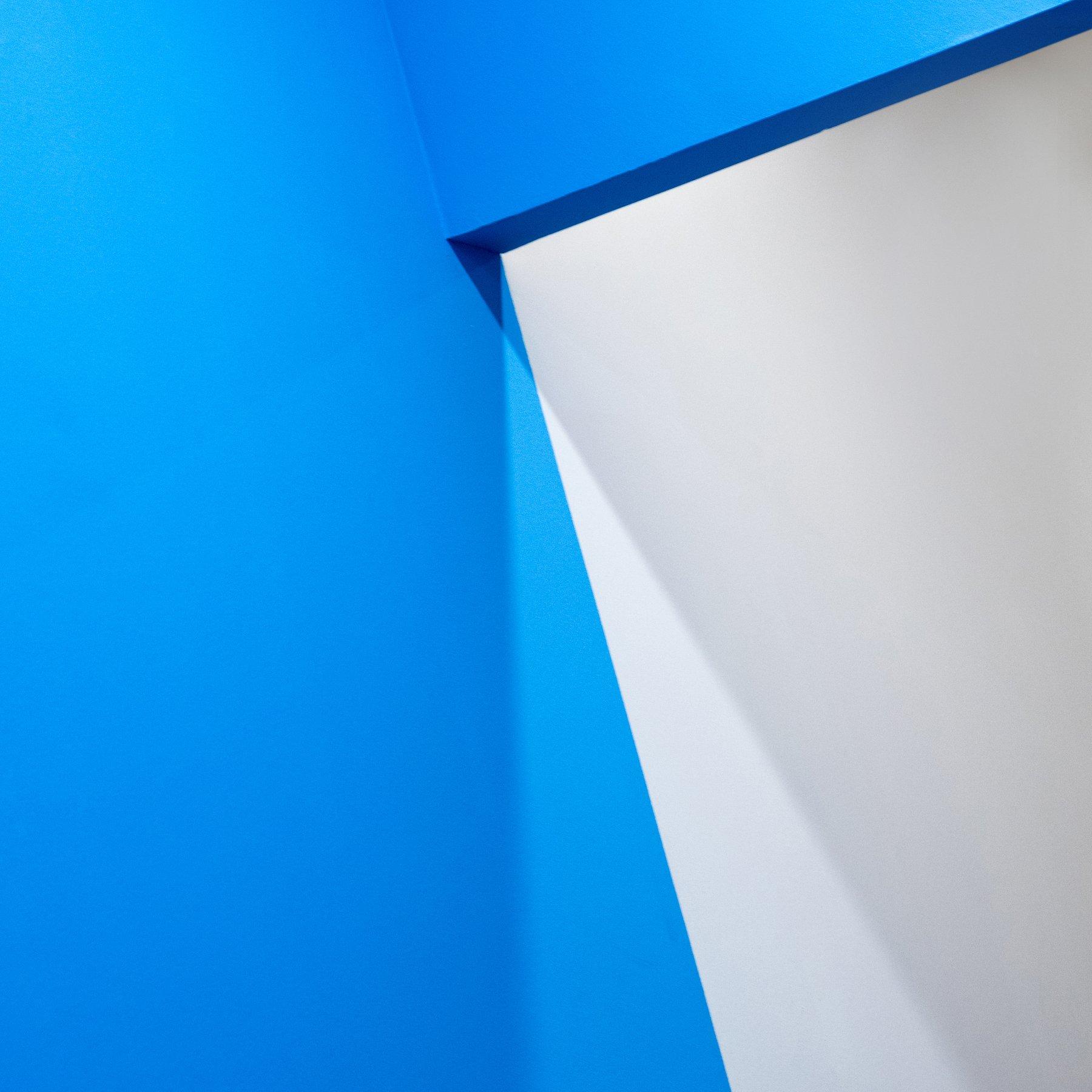 абстракция синее цвет тень стена архитектура, Лещенко Юлия