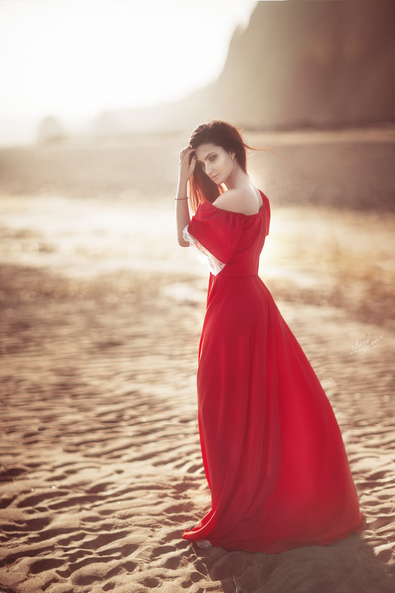 девушки портрет море красное, Яковлева Алена