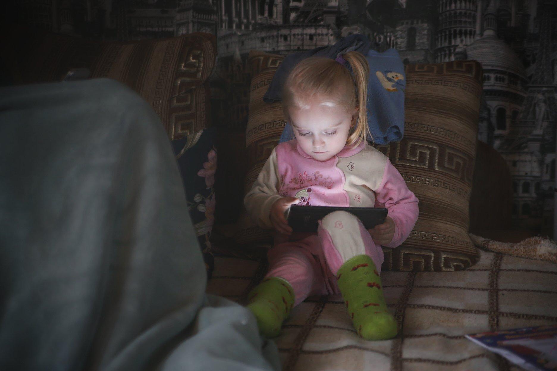Семья, детство, портрет, жанр, цвет, ребёнок, технологии, childhood, child, portrait, color, family , Сергей Гойшик