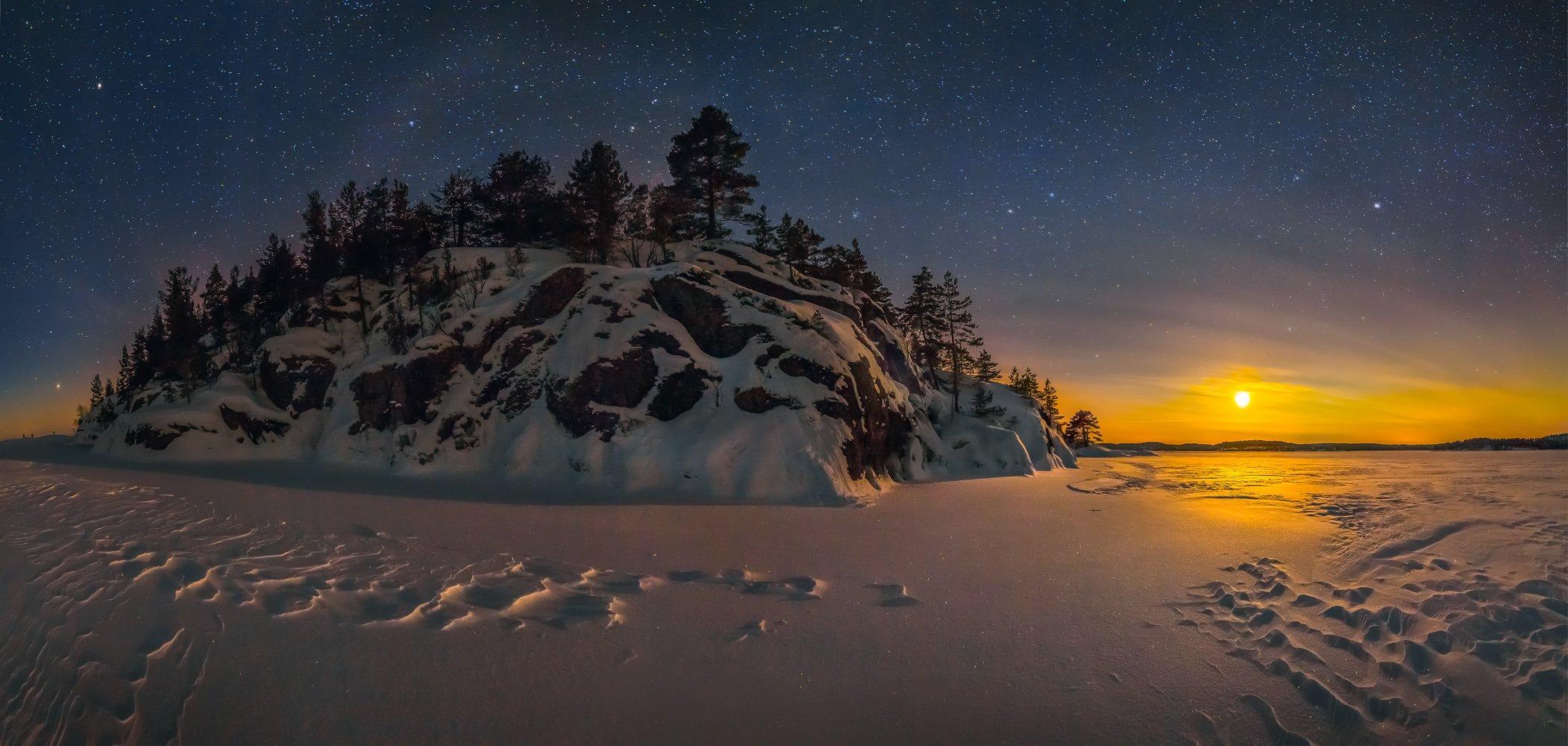 ладожское озеро, карелия, остров, снег, фототур, шхеры, ночь, звёзды, луна, север, сосна, облака., Лашков Фёдор