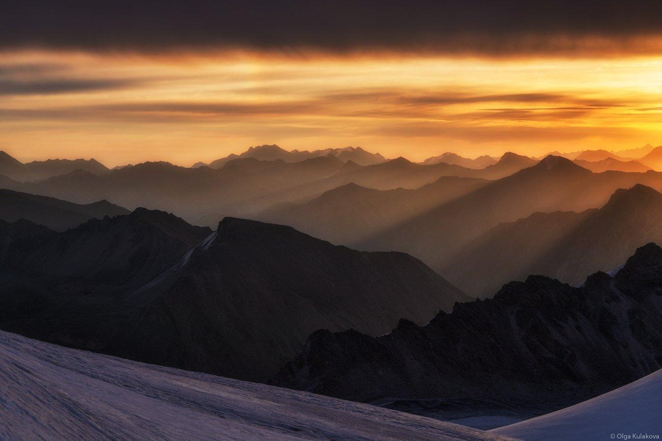 тянь-шань, рассвет, горы, вершины, баянкол, утро, пик астана, Ольга Кулакова