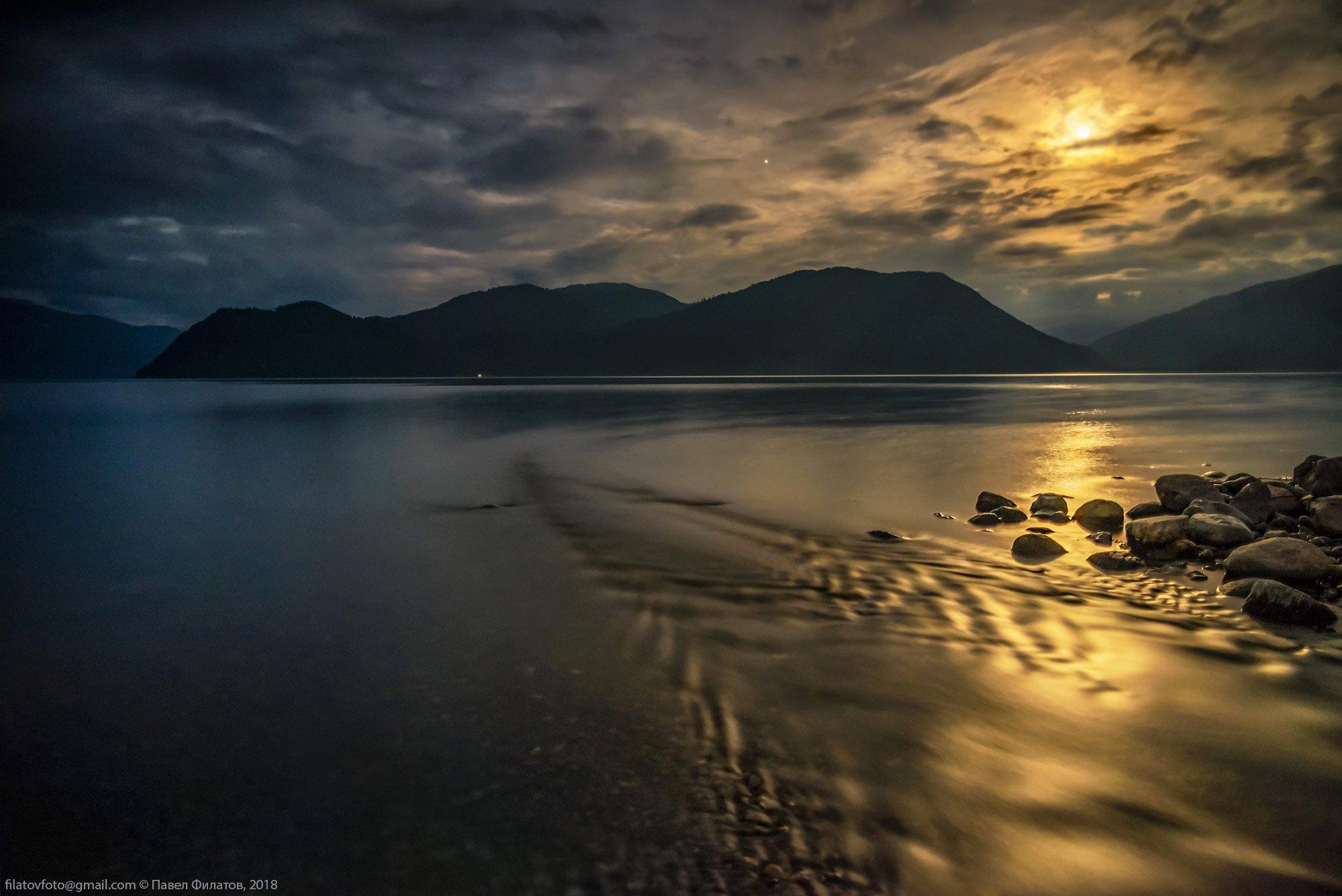 алтай, сибирь, телецкое озеро, ночь, луна, яйлю, чеченек, Павел Филатов