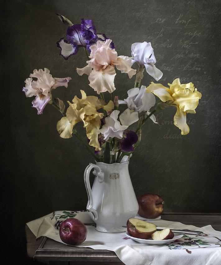 натюрморт, цветы, ирисы, still life, Оля