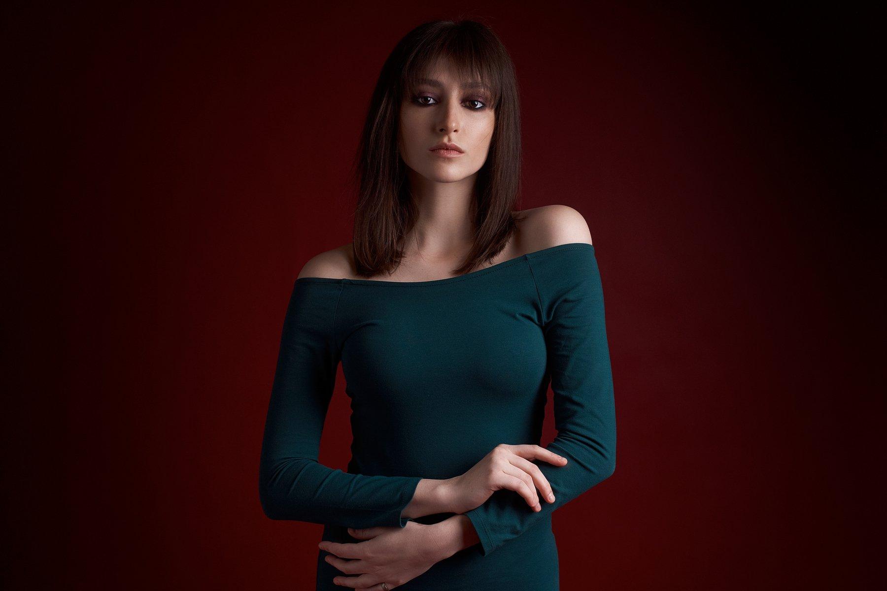 портрет, девушка, portrait, girl, eyes, beauty, low key, Наташа Высоцкая