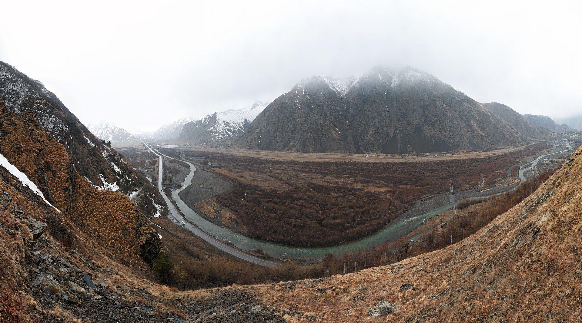 Грузия, Кавказ, Казбеги, Гудаури, горы, гора, горная река, река, весна, снег, туман, склоны, пейзаж, Харланов Никита