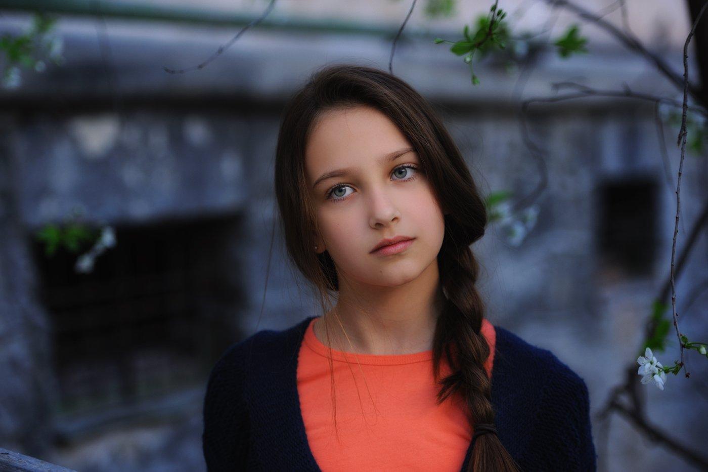 весна, двор, девочка, модель, Вьюшкин Игорь
