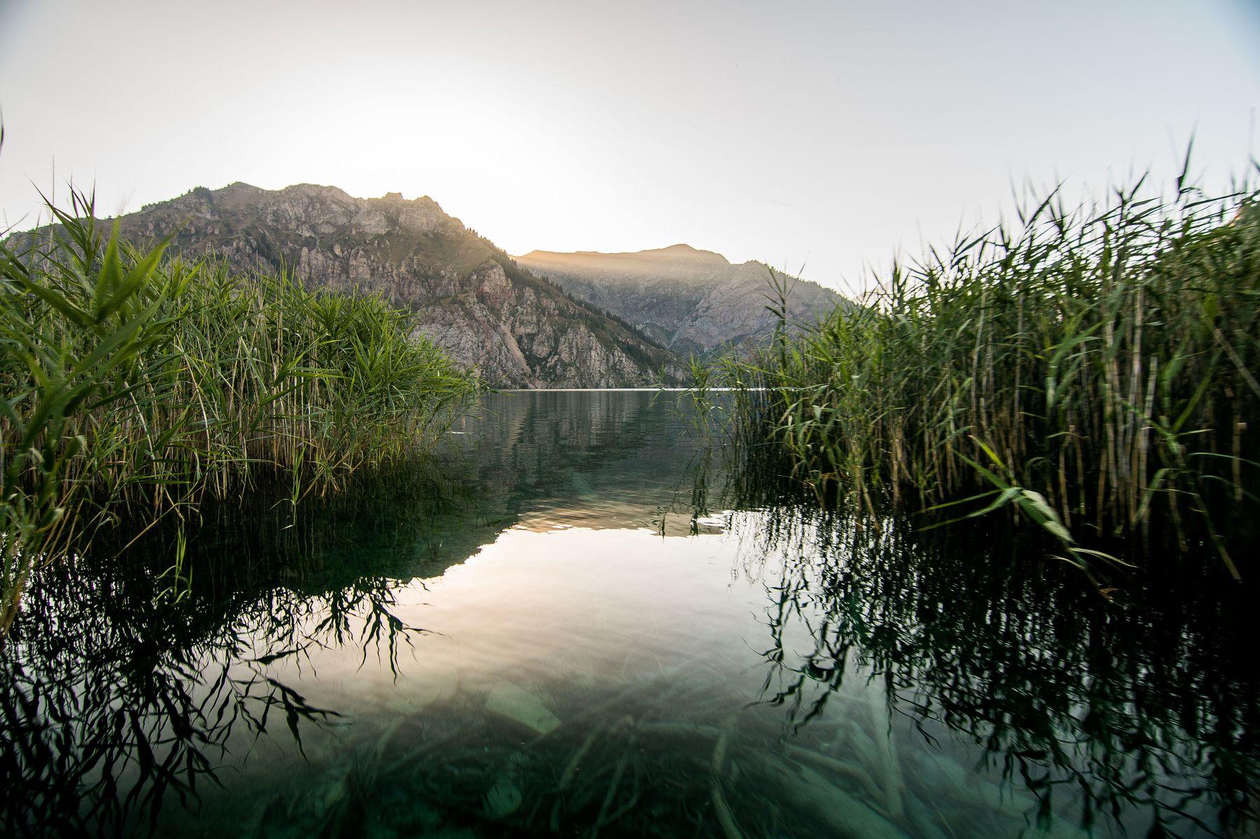 горы, природа, пейзаж, лето, озеро, вода, Василий