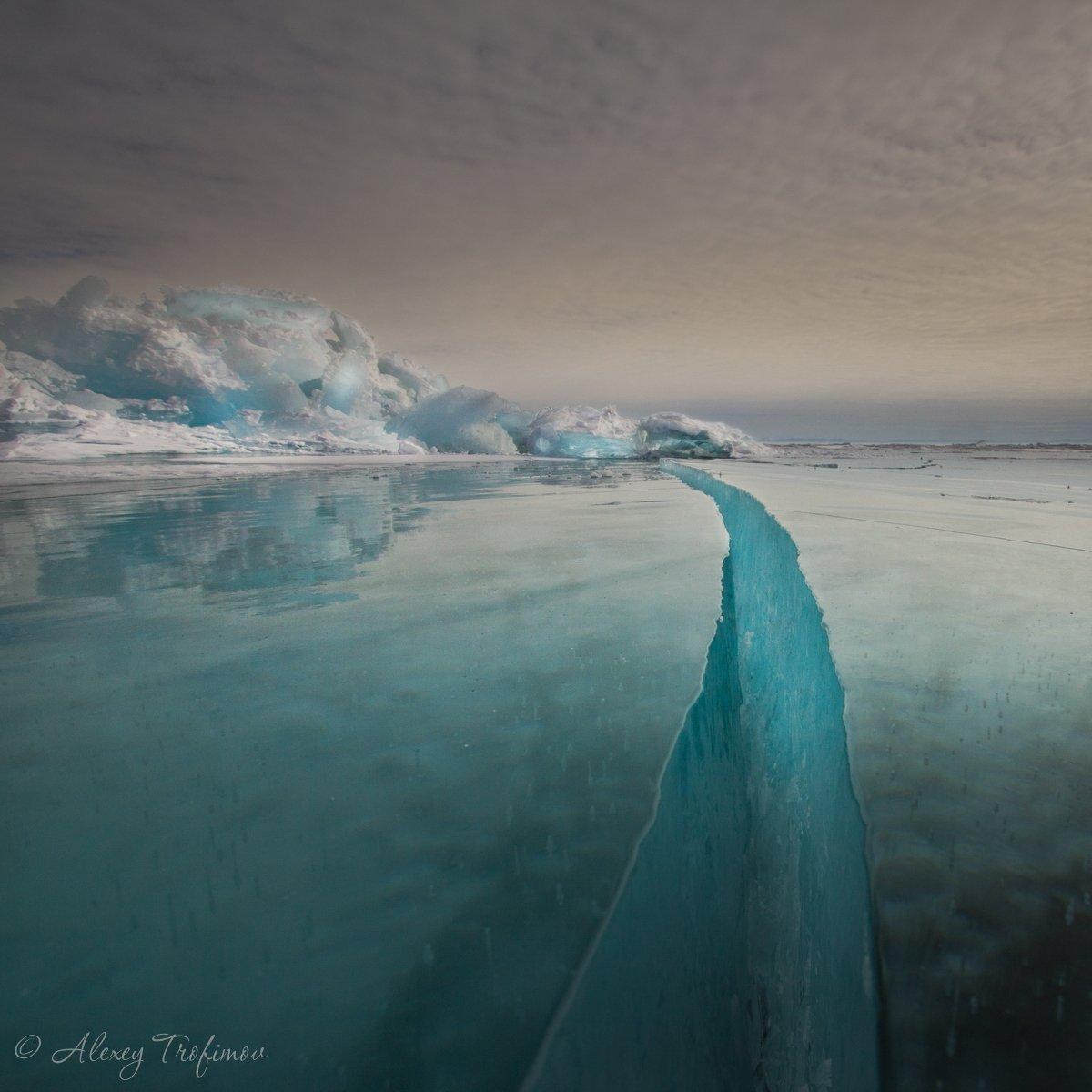 байкал, пейзаж, лед, трещина, торос, байкальский лед, Алексей Трофимов